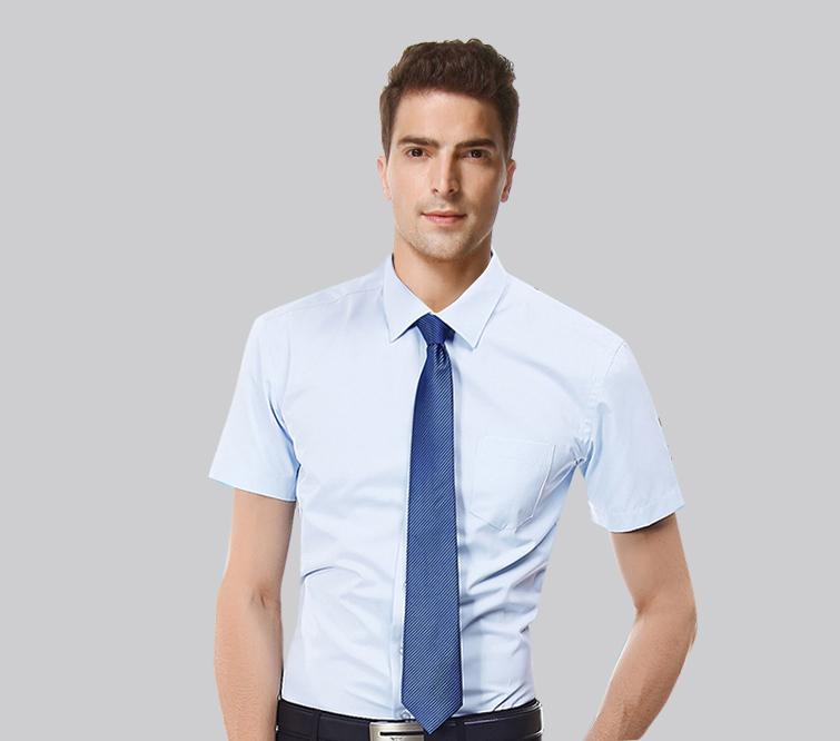 细条纹男衬衫